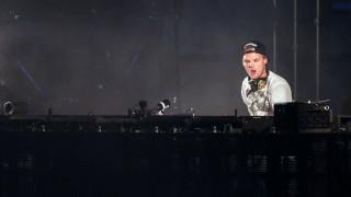 Avicii: Μυστήριο με την αιτία θανάτου του διάσημου Dj