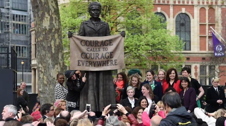 Βρετανία: Το πρώτο άγαλμα γυναίκας στην Πλατεία του Κοινοβουλίου είναι γεγονός