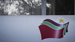 Το νομοσχέδιο για την αναδοχή θα προχωρήσει, λένε πηγές του ΣΥΡΙΖΑ