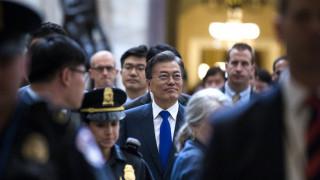 Σχέδια για σύνοδο κορυφής Ν. Κορέας - ΗΠΑ πριν τη συνάντηση Τραμπ με Κιμ