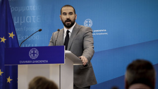 Τζανακόπουλος: Καμία συμφωνία για τις γαλλικές φρεγάτες