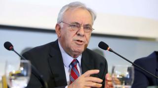 Βελτιώσεις στον εξωδικαστικό μηχανισμό για τις επιχειρήσεις ανακοίνωσε o Δραγασάκης στη Βουλή