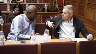 SOS για το προσφυγικό- καταγγελία για διακινητές μέσα στα hotspots