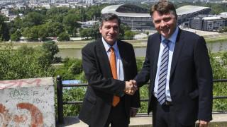 Καμίνης-Σιλέγκοφ υπέγραψαν σύμφωνο συνεργασίας μεταξύ Αθήνας και Σκοπίων