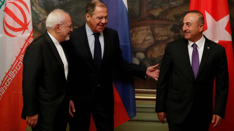 Λαβρόφ: Ρωσία, Τουρκία και Ιράν να βοηθήσουν την Δαμασκό