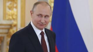 Πούτιν: Η Μόσχα θέλει να βοηθήσει στη συνεργασία Βόρειας και Νότιας Κορέας