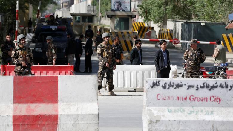 Διπλή επίθεση στην Καμπούλ, φωτορεπόρτερ ανάμεσα στα θύματα