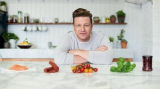 Τζέιμι Όλιβερ: θέλει να βάλει σε δίαιτα όλη τη Βρετανία με τις ευλογίες της Τερέζα Μέι