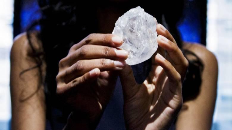 Γιατί ξαφνικά εμφανίζονται τόσα γιγαντιαία διαμάντια;