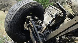 Τήνος: Οι πρώτες φωτογραφίες από το δυστύχημα με το απορριμματοφόρο