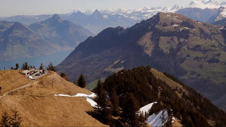 Στους έξι οι νεκροί ορειβάτες στις ελβετικές Άλπεις