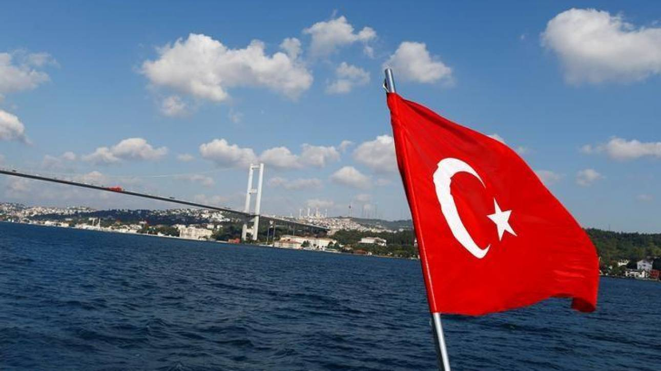 Ο S&P υποβάθμισε την Τουρκία και την πέταξε στα... «σκουπίδια»