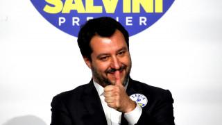 Ιταλία - Κατηγορηματικός ο Σαλβίνι: Διάλογος με τα Πέντε Αστέρια ή εκλογές