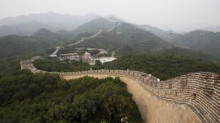 Αρχαιοκάπηλοι καταστρέφουν το Σινικό Τείχος