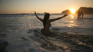 NaturistBnB: Μια πλατφόρμα για όσους επιθυμούν να κάνουν διακοπές... γυμνοί