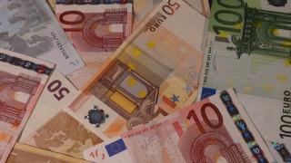 Στα 3,4 δισ. ευρώ τα «φέσια» του Δημοσίου τον Μάρτιο