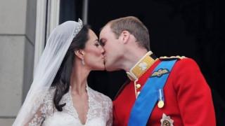 Βασιλικοί γάμοι που έγραψαν ιστορία: 25 καρέ που εντυπωσιάζουν