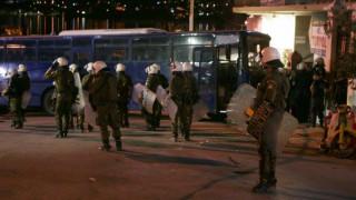 Επεισόδια και συγκρούσεις της αστυνομίας με ακροδεξιές ομάδες στη Μυτιλήνη