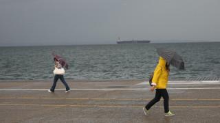 Προειδοποίηση για καταιγίδες και χαλαζοπτώσεις ως την Τετάρτη από την ΕΜΥ