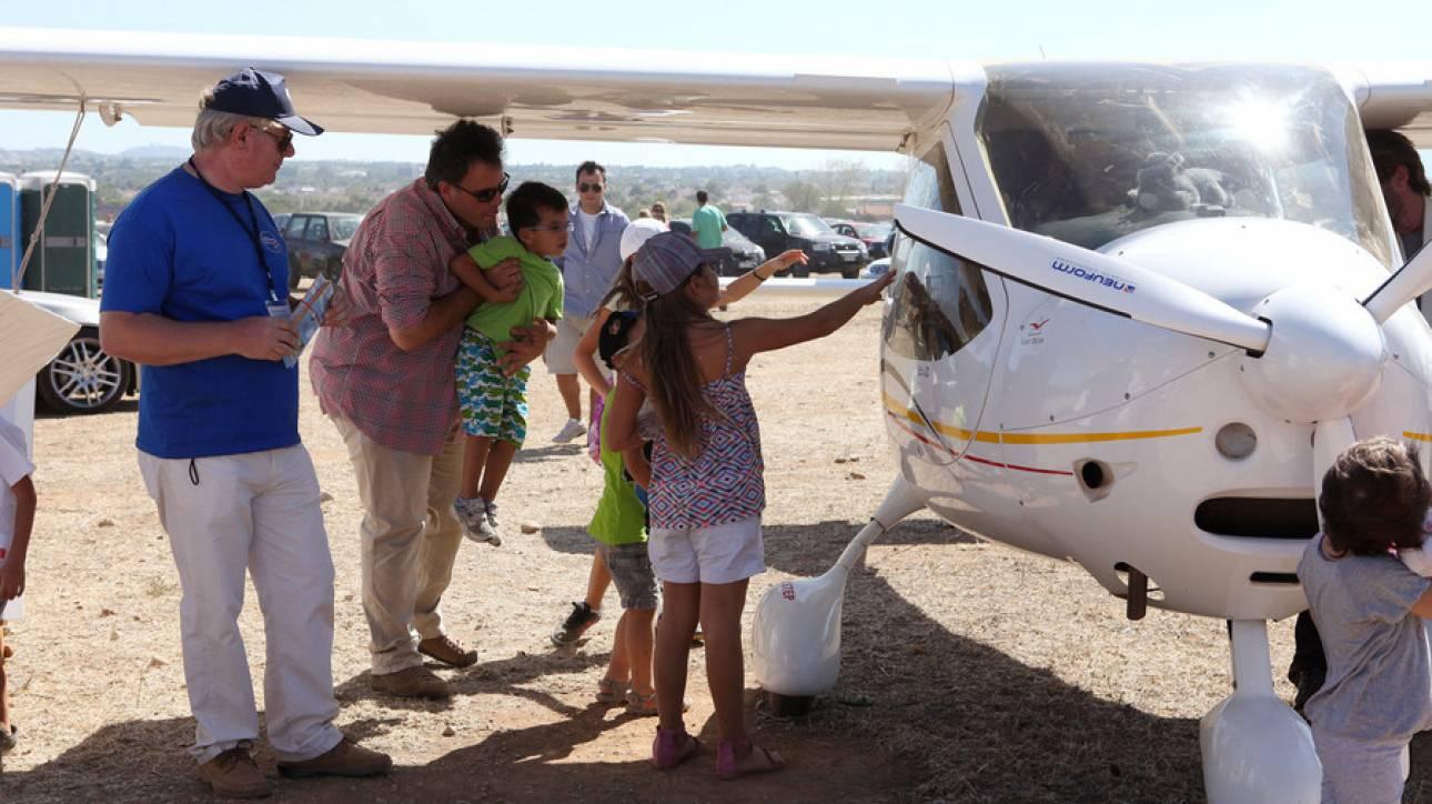 Υπερελαφρά αεροπλάνα στον ουρανό της Καρδίτσας
