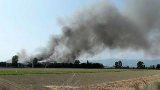 Ξάνθη: Κανένας κίνδυνος για την υγεία των κατοίκων από τη φωτιά στο εργοστάσιο