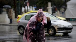 Σφοδρές καταιγίδες και χαλαζόπτωση στην Αττική