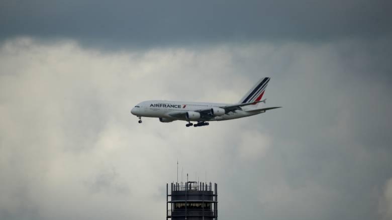 Γαλλία: Στα άκρα η κόντρα της κυβέρνησης με την Air France