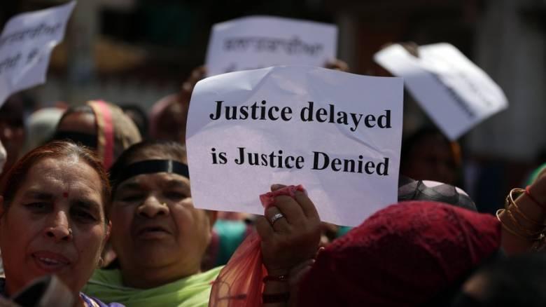Ινδία: Δεκάδες συλλήψεις για υποθέσεις βιασμών ανήλικων κοριτσιών