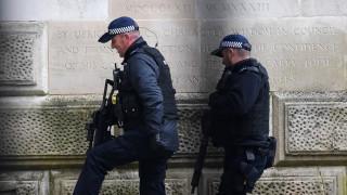 Βρετανία: Δύο ανήλικοι τραυματίστηκαν από σφαίρες στο Λονδίνο