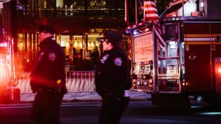 Αυτοκίνητο «εισέβαλε» σε εστιατόριο της Νέας Υόρκης - Σοβαροί τραυματισμοί