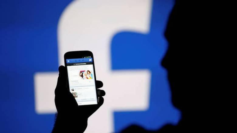 Πιστοί στο Facebook οι Αμερικανοί παρά το σκάνδαλο της Cambridge Analytica