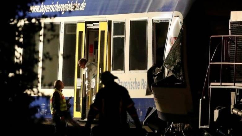 Φονική σύγκρουση τρένων στη Γερμανία