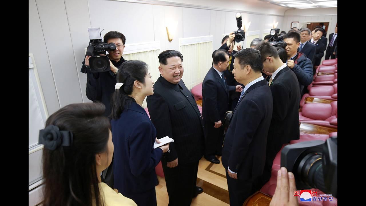 https://cdn.cnngreece.gr/media/news/2018/05/08/129083/photos/snapshot/2018-03-28T054125Z_1643380410_RC187F15ABE0_RTRMADP_3_NORTHKOREA-MISSILES-CHINA.JPG