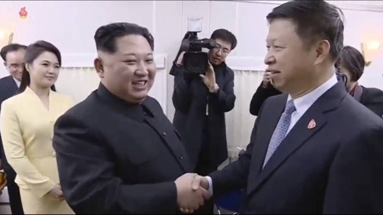 https://cdn.cnngreece.gr/media/news/2018/05/08/129083/photos/snapshot/2018-03-29T084418Z_1151851552_RC1B6EBB9600_RTRMADP_3_NORTHKOREA-MISSILES-CHINA.JPG