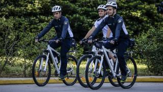 Αστυνομικοί με ποδήλατα σε δέκα ακόμη πόλεις
