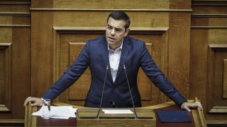 Τσίπρας για αναδοχή: Ο Μητσοτάκης φλερτάρει με τον ακροδεξιό λαϊκισμό