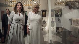 Το Μουσείο Μπενάκη επισκέφθηκε η Καμίλα με την Μπαζιάνα