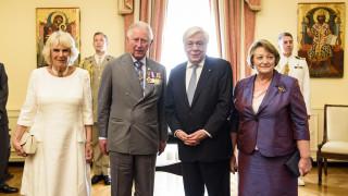 Επίσκεψη-ορόσημο για τις σχέσεις Ελλάδας-Βρετανίας η επίσκεψη Καρόλου