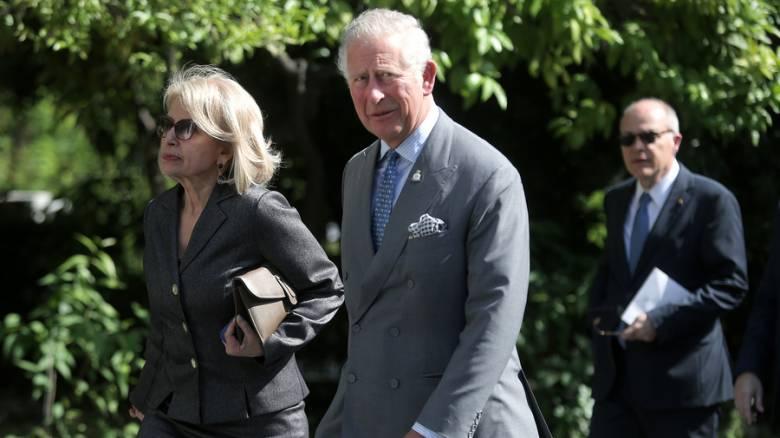 Μέσω Twitter καταγράφει το Παλάτι την επίσκεψη Καρόλου στην Ελλάδα