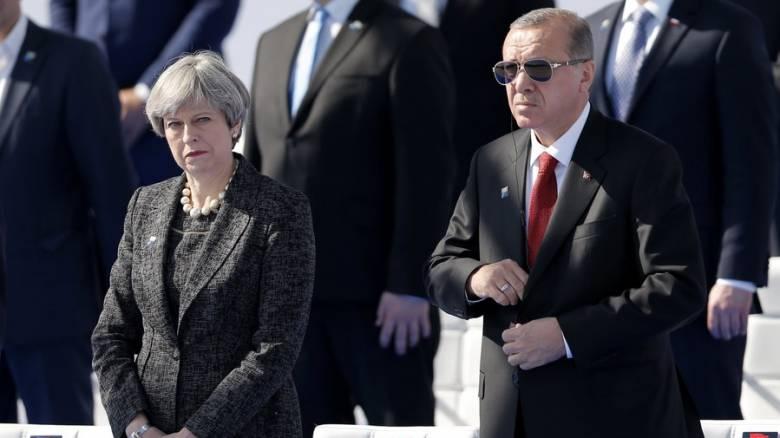 Συνάντηση Ερντογάν - Μέι στη Βρετανία στις 15 Μαΐου