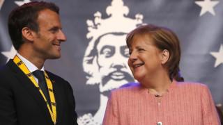 Μακρόν σε Βερολίνο: Ξεχάστε τον «φετιχισμό» των δημοσιονομικών πλεονασμάτων