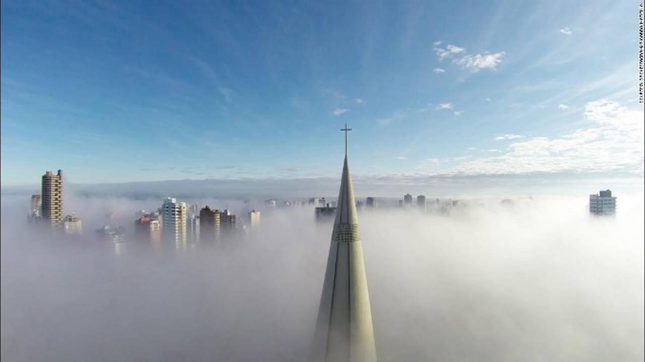 https://cdn.cnngreece.gr/media/news/2018/05/10/129440/photos/snapshot/151013142330-dronestagram-brazil-super-169.jpg