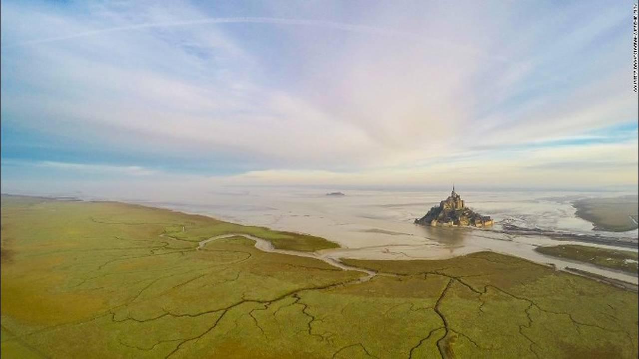 https://cdn.cnngreece.gr/media/news/2018/05/10/129440/photos/snapshot/151013155618-dronestagram-france-super-169.jpg