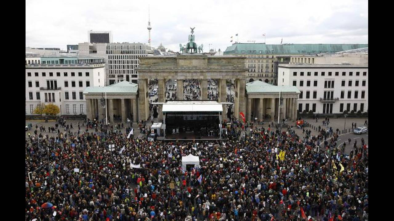 https://cdn.cnngreece.gr/media/news/2018/05/10/129446/photos/snapshot/berlin-7.jpg