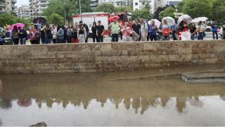 Εικόνες καταστροφής στη Θεσσαλονίκη: Χωρίς νερό μέχρι την Παρασκευή