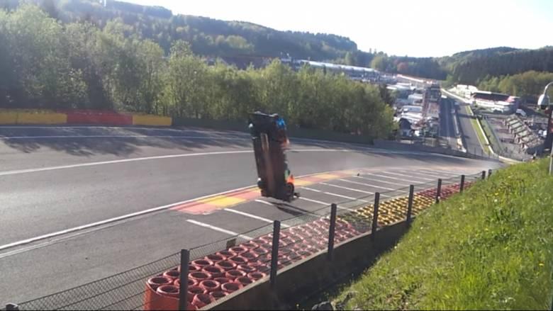 Τρομακτικό ατύχημα σε αγώνα αυτοκινήτων στο Βέλγιο (vid)