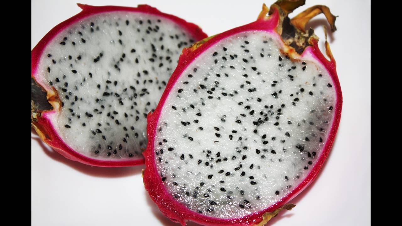 https://cdn.cnngreece.gr/media/news/2018/05/11/129609/photos/snapshot/exotic-fruit-1284086_1920.jpg