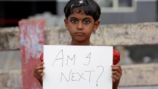 Ακόμη μία έφηβη βιάστηκε και κάηκε ζωντανή στην Ινδία