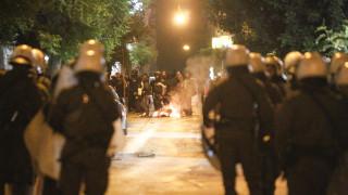 Νύχτα επεισοδίων στην Αθήνα: Άγριες συμπλοκές μεταξύ οπαδών - αστυνομίας