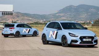 To i30N, το GTI της Hyundai, έχει έως 275 ίππους, έντονο σπορ χαρακτήρα και τιμή από 26.990 ευρώ
